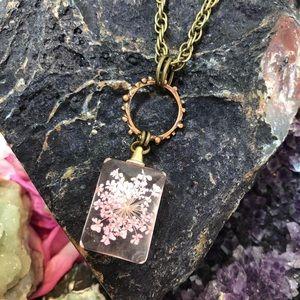 🌸 Resin Flower Necklace Boho Gypsy Jewelry